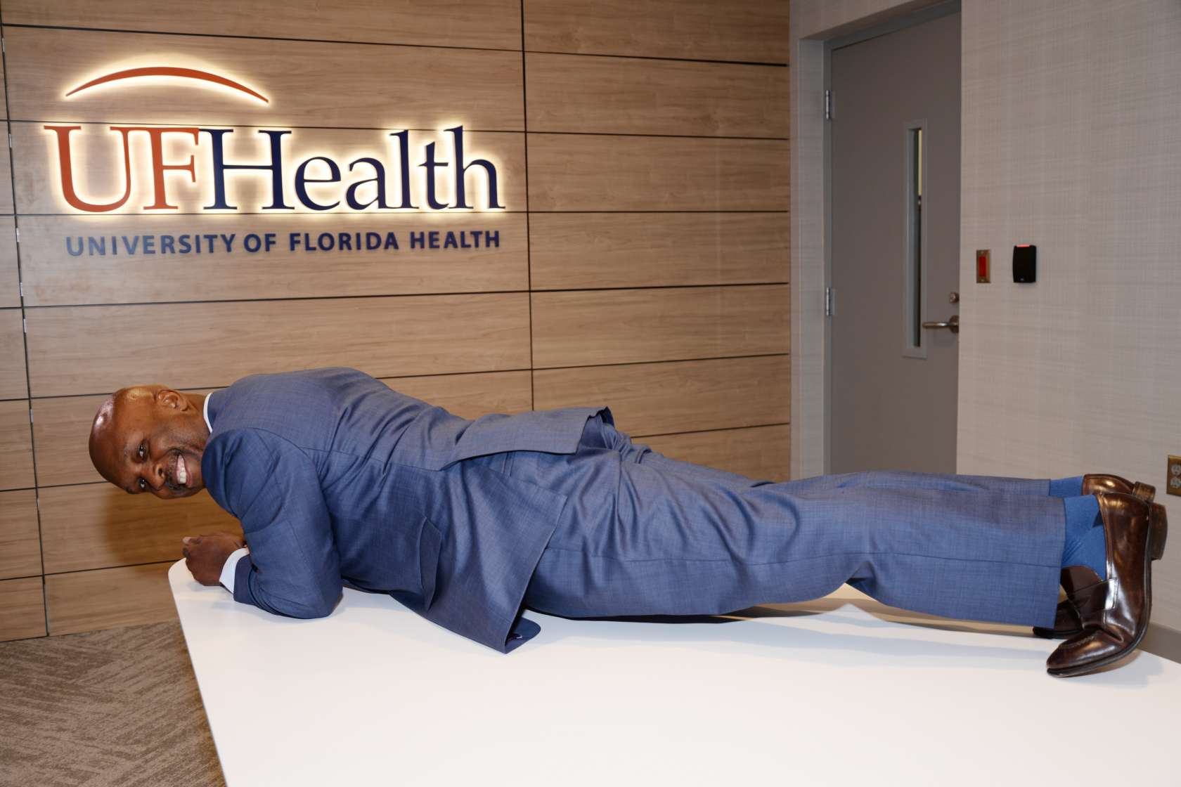 Dean of the College of Medicine-Jacksonville Planking