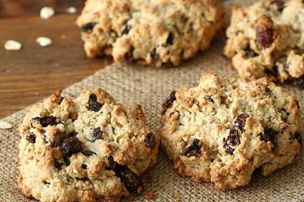 photo of Quaker's Vanishing Oatmeal Raisin Cookies
